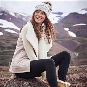Athleta Apres Anything Cream Sherpa Vest Small
